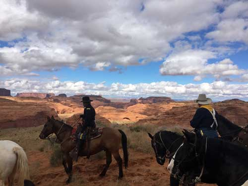 30. Monument Valley Ride 2015